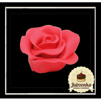 kolor czerwony róża z cukru